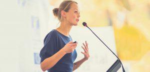 زن با اعتماد به نفس بالا، بسیار موفق تر از تمامی اطرافیانش خواهد شد.